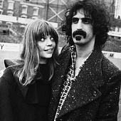 frank-zappa-and-his-wife-gail-sloatman