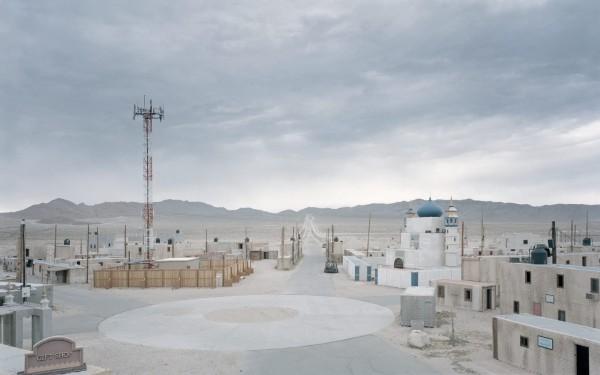 ignant-photography-gregor-sailor-the-potemkin-village-42-1440x899